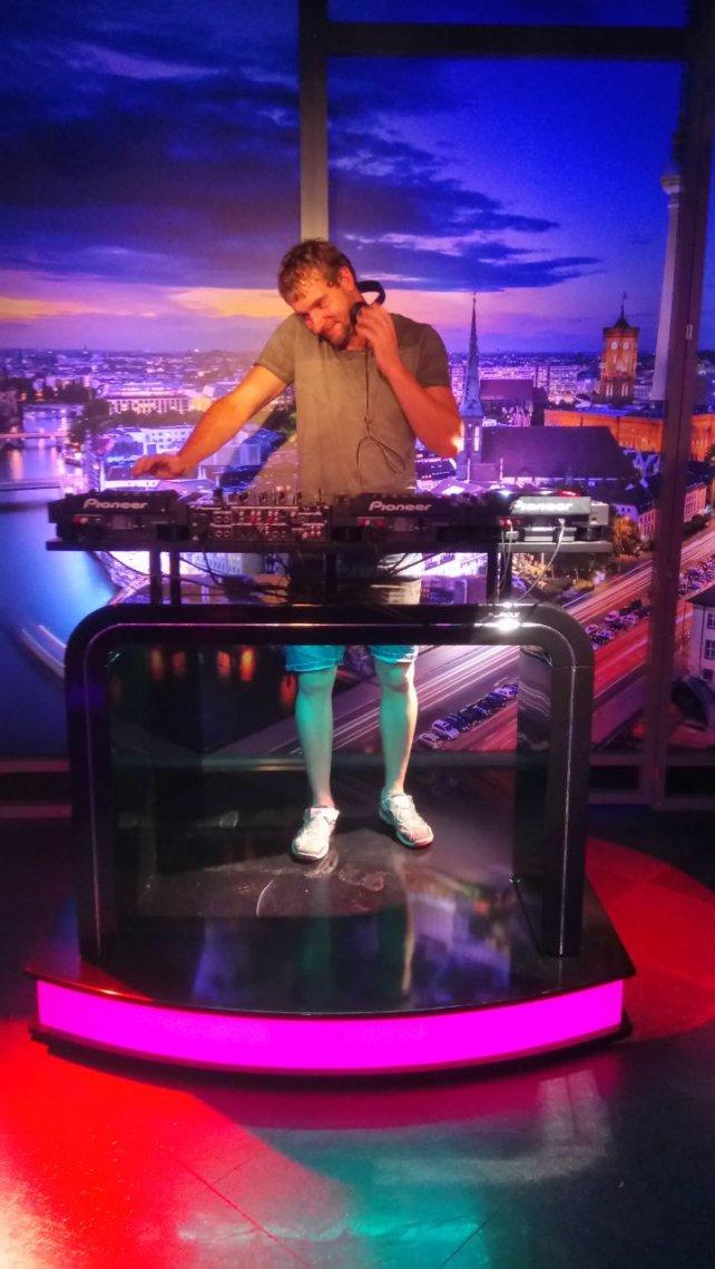 DJ. Beatnyou