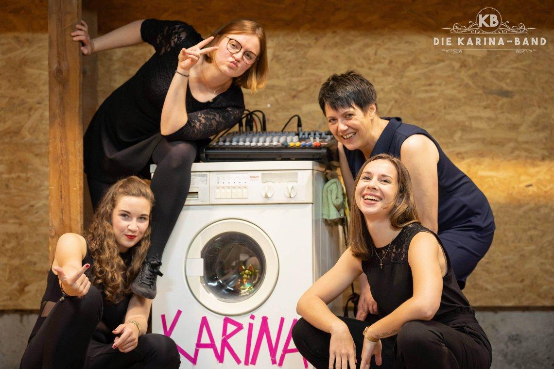 Die KARINA-Band